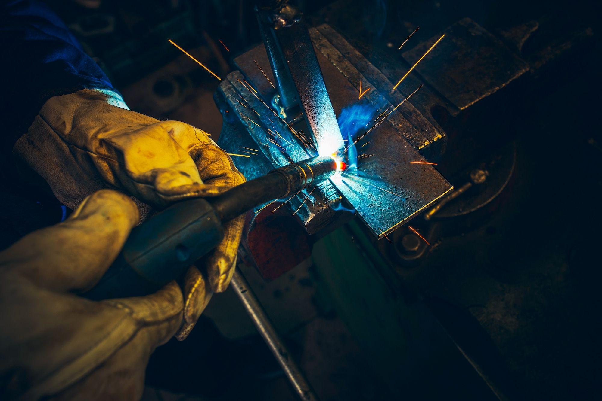 mantenimiento de una máquina de soldar